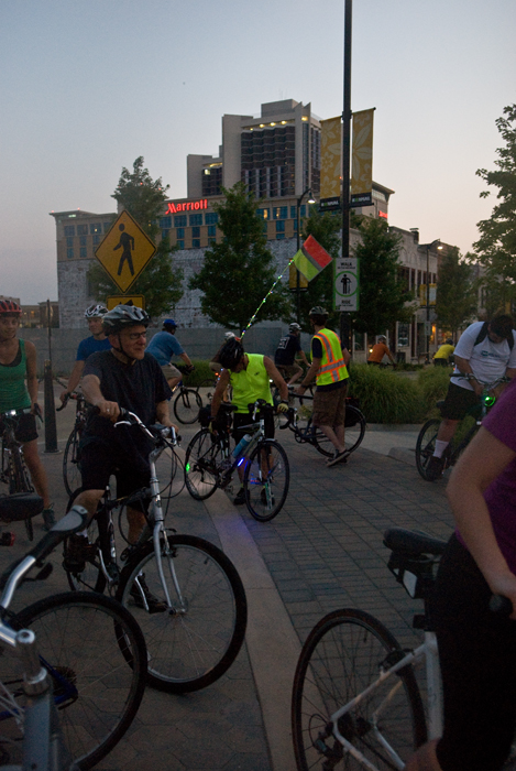 BloNo Night Ride