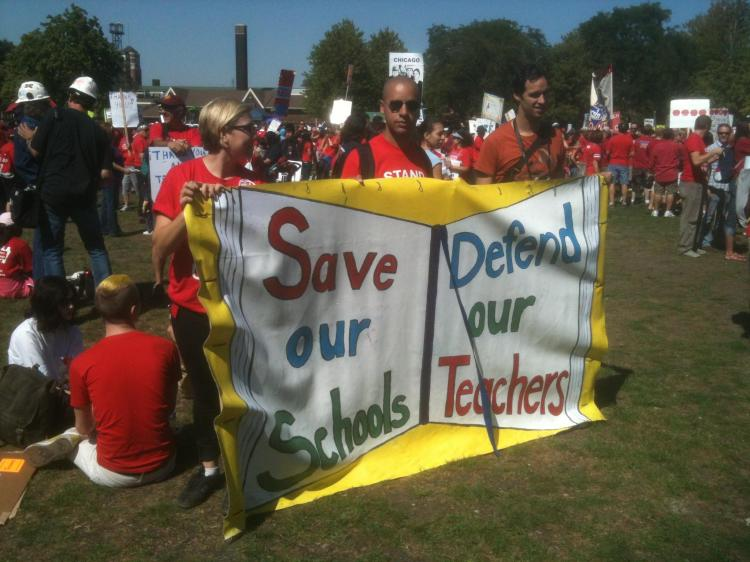 Chicago teachers and allies rally
