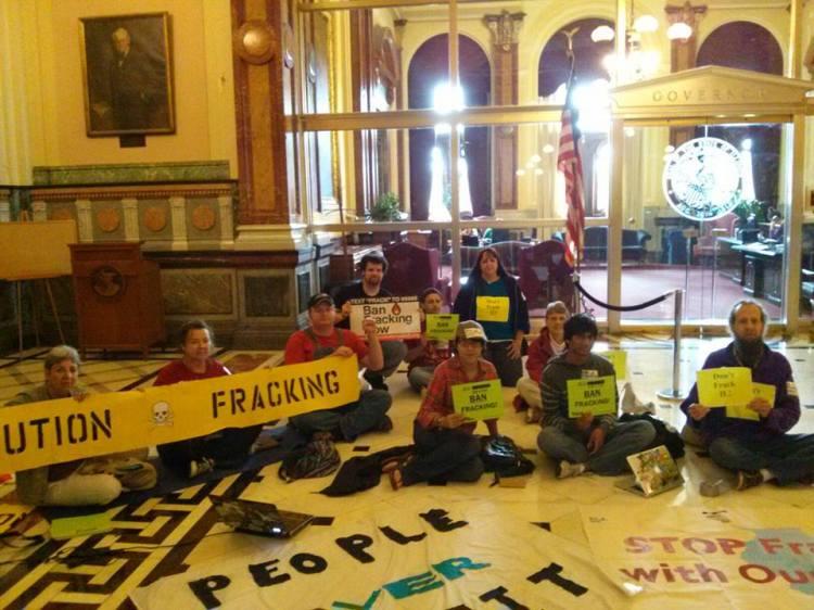 Fractivist Sit-in